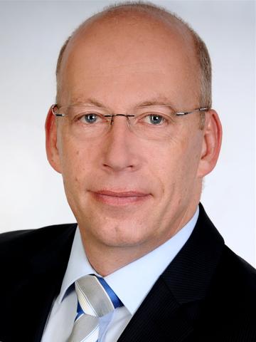Bernhard Götze