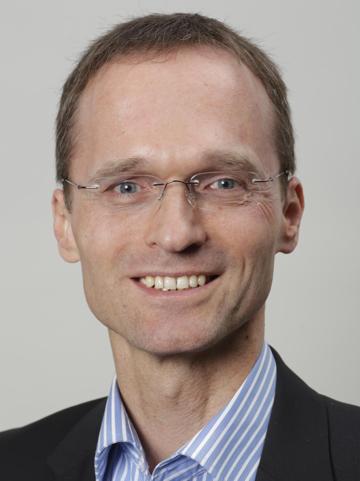 Dr. Bernd Lohmann