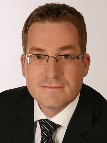 Dr. Rolf Reinema