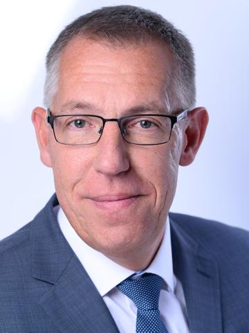 Dr. Stefan Grosse