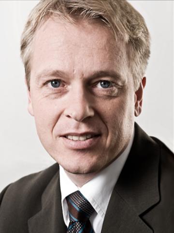 Dr. Jörn Weigle