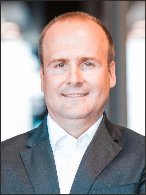 Dr. Henning Rudolf